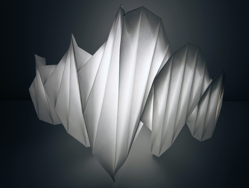Zaha hadid and issey miyake lighting for Zaha hadid lamp