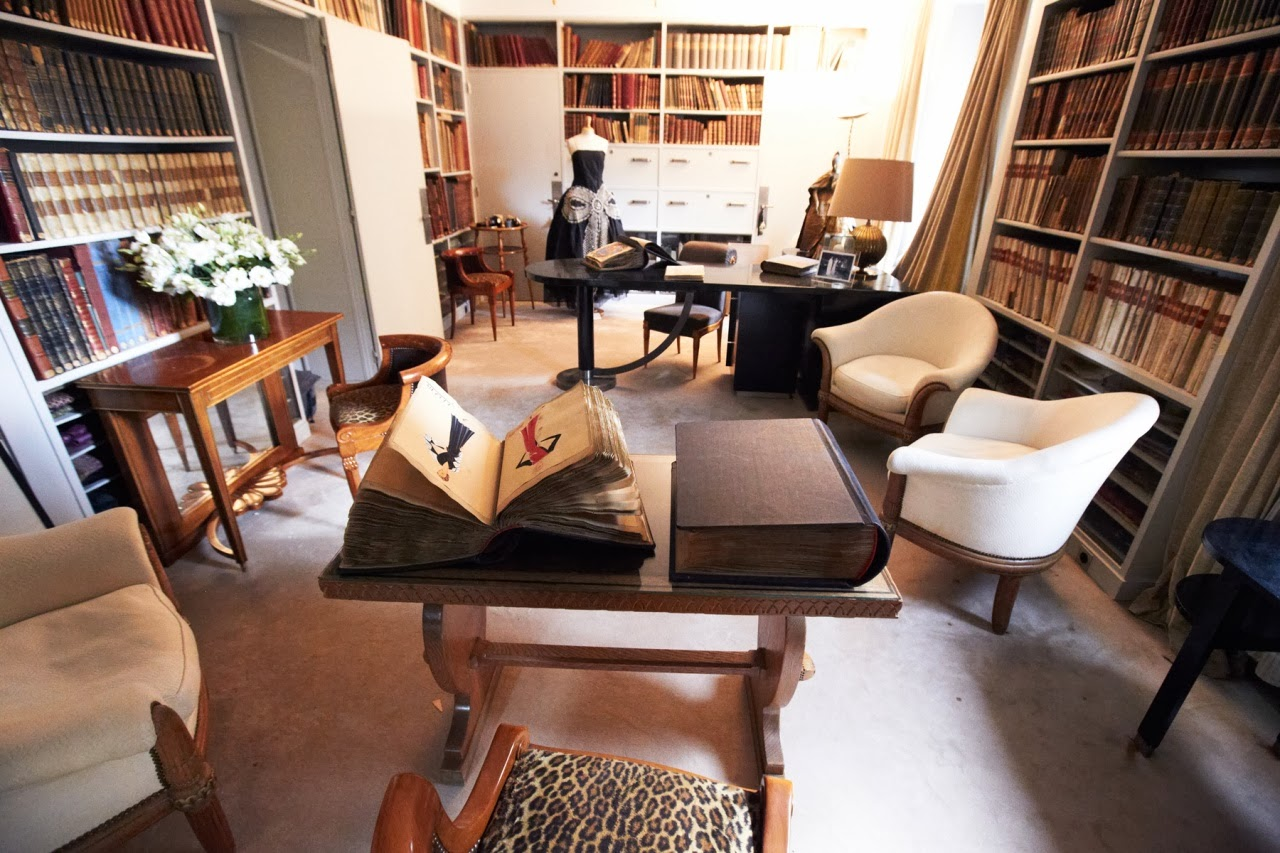 4. jeanne lanvin office paris