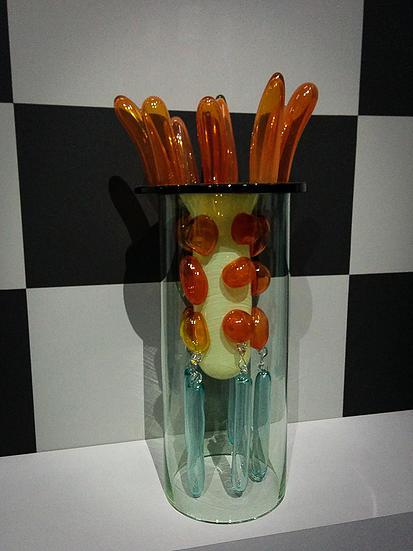 'Xiangzheng' (1999-2000), Blown glass, moulded glass, Ettore Sottsass. L'Usage des Formes, palais de Tokyo, paris