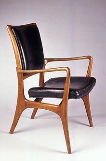 Vladimir Kagan armchair, c1953. Brooklyn Museum.