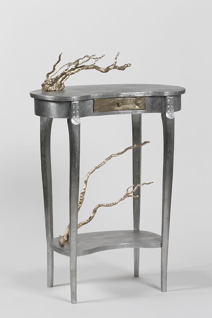 4-petites-tables-bronze-edition-limitee-a-8-exemplaires-55-x-38-x-32-cm-ht-et-50-x-34-x-40-cm-ht-laurence-bonnel-galerie-scene-ouverte