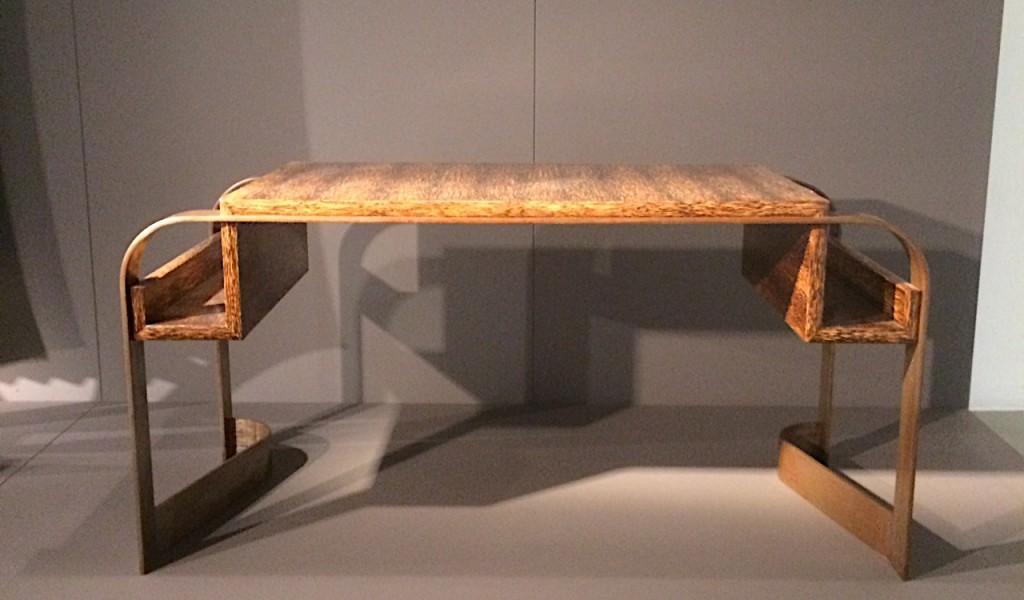 Desk in bois de palmier and canon de fusil metal by Eugene Printz